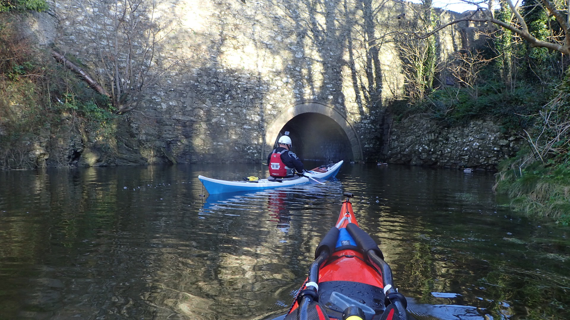 Cemeas - paddling up the River Wygyr from the harbour at HW